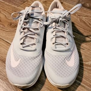 Nike Fitsole Light pink and grey